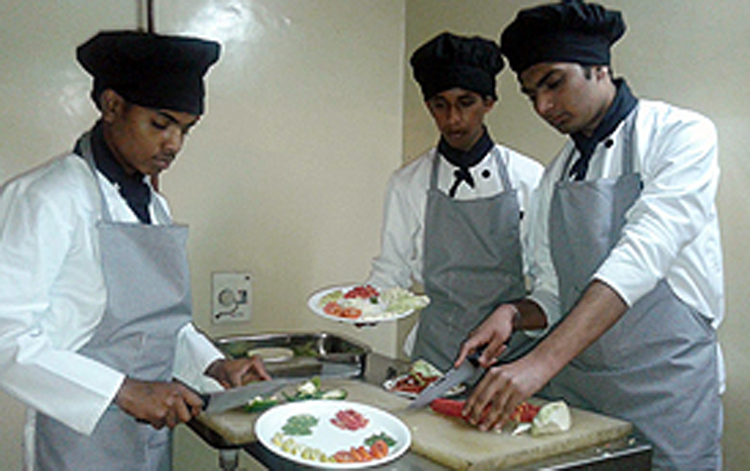Best Diploma institute in Hotel Management course